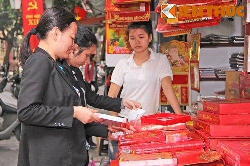 thị trường mua sắm lịch Tết Bính Thân 2016