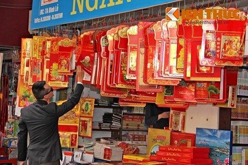 mua sắm lịch Tết Bính Thân 2016 tại Hà Nội